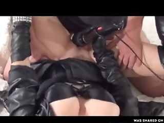Unexperienced Cougar In Leather Gloved Fellates Her Man