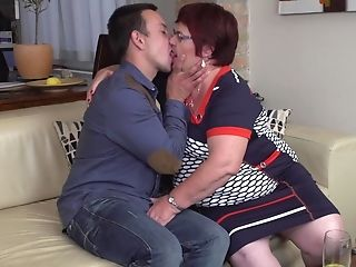 Brief Haired Red-haired Unexperienced Matures Bbw Simona K. Gets Fucked Hard