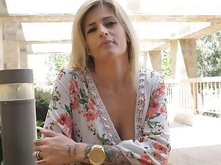 Matures Big-titted Blonde Cougar Franki Exposes Her Tits Outdoors