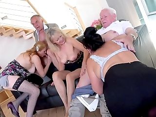 Utter Orgy With Some Old Women Keen To Live Their Lifes