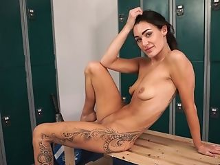 Horny Vivid Chick Relaxes After The Training By Kittling Her Love Button A Bit