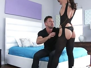 Stunning And Rapacious Aidra Fox Flashes Her Big Pleasure Button And Gets Analfucked