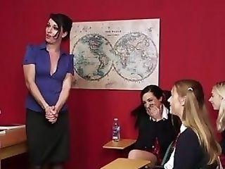 Cfnm College Girls Dicksucking Tutor